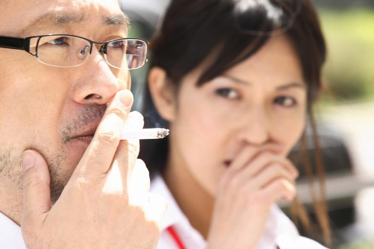 受動喫煙の恐ろしさを知ることが、禁煙への第一歩